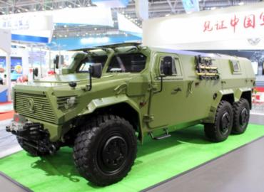 Китайська армія тестує нові бронемашини