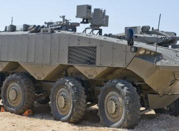«Залізний кулак» захистить нові ізраїльські бронетранспортери