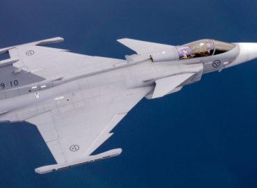 Перший «бразильський» Gripen піднявся в повітря