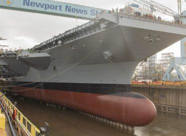 Американці спускають на воду новий авіаносець