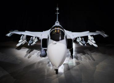 Перший шведський JAS-39E Gripen