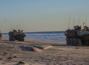 Нові Amphibious Combat Vehicle