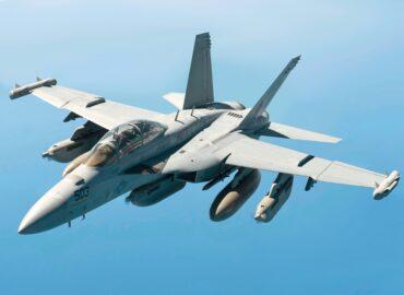EA-18G Growler ВМС США розкриває нові бойові властивості
