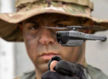 Американська армія запасається мікродронамі