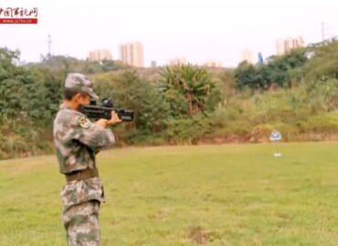 Китайських солдатів озброять рельсотронами?
