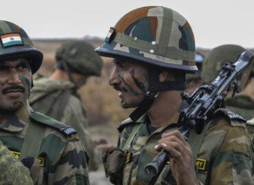 Індія прискорено озброюється