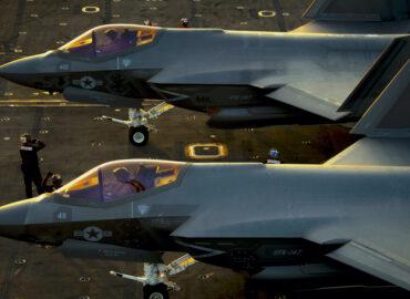 F-35C освоюється на Carl Vinson