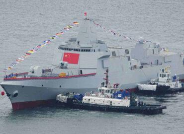 Китайські есмінці-гіганти будуть бити по супутниках