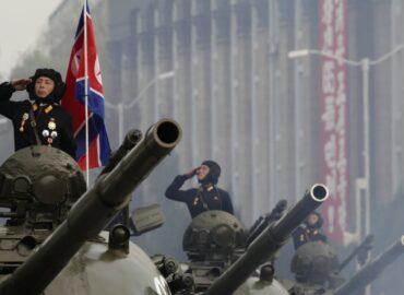 Парад клонів: нова зброя КНДР
