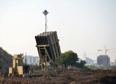 Ізраїльські системи ППО Iron Dome захищають США