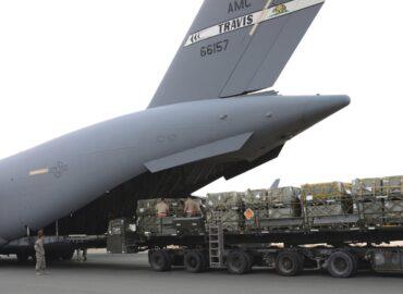 Вантажні літаки стануть ракетоносцями