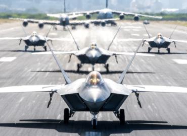 F-22 Raptor прослужить ще сорок років